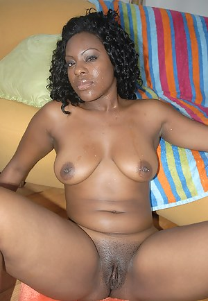 Hot African MILF Porn Pictures