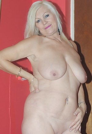 Hot MILF Saggy Tits Porn Pictures