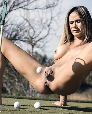 Hot MILF Bizarre Porn Pictures