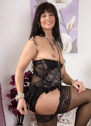 Hot MILF Lingerie Porn Pictures