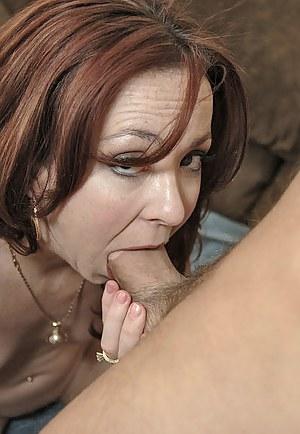 Hot MILF Deepthroat Porn Pictures