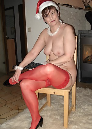 Hot MILF Christmas Porn Pictures