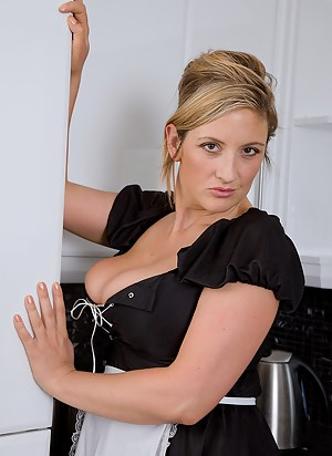 Hot MILF Maid Porn Pictures