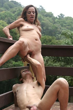 Hot MILF Fisting Porn Pictures