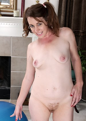 Hot MILF Pigtails Porn Pictures